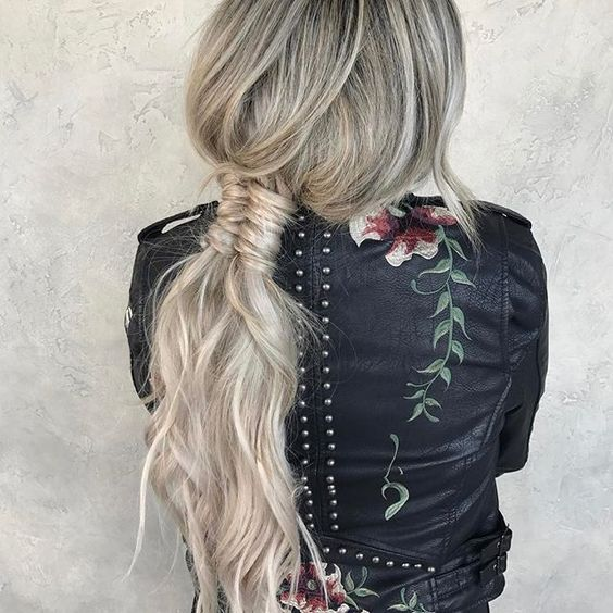 """Riding the braid wave? With these step-by-step instructions, you'll nail down 15 gorgeous braid styles in no time<p><a href=""""http://www.homeinteriordesign.org/2018/02/short-guide-to-interior-decoration.html"""">Short guide to interior decoration</a></p>"""