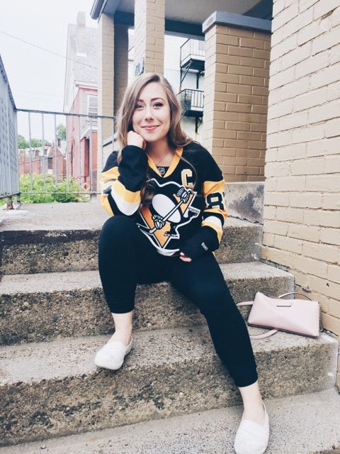 """Your """"Must-Have"""" Pens Playoff Outfit by Rachel Lynn"""