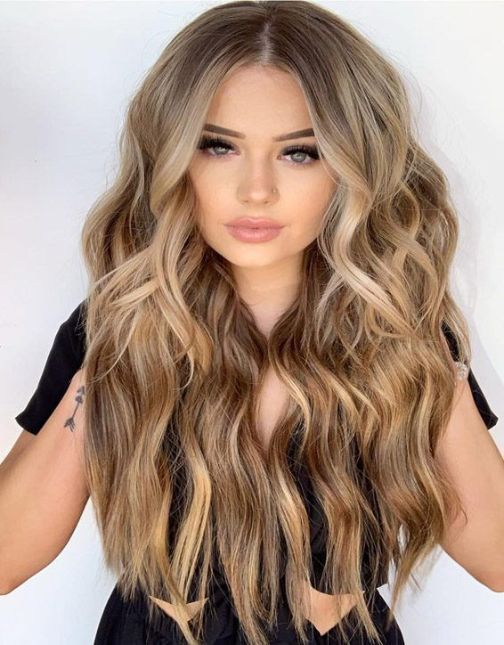 Must wear these Beautiful Highlights of Balayage Hair and get the romantic look.