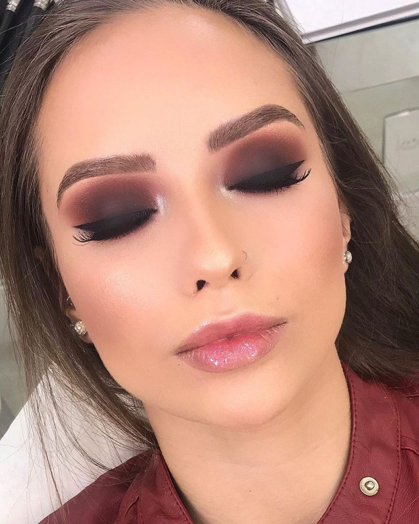 28 Super Sexy Looks And Makeup Tips