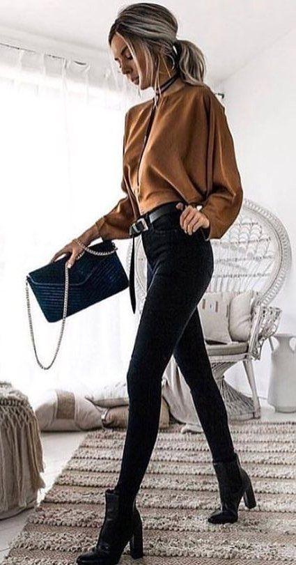 brown long-sleeved top and black fitted jeans #spring #outfits