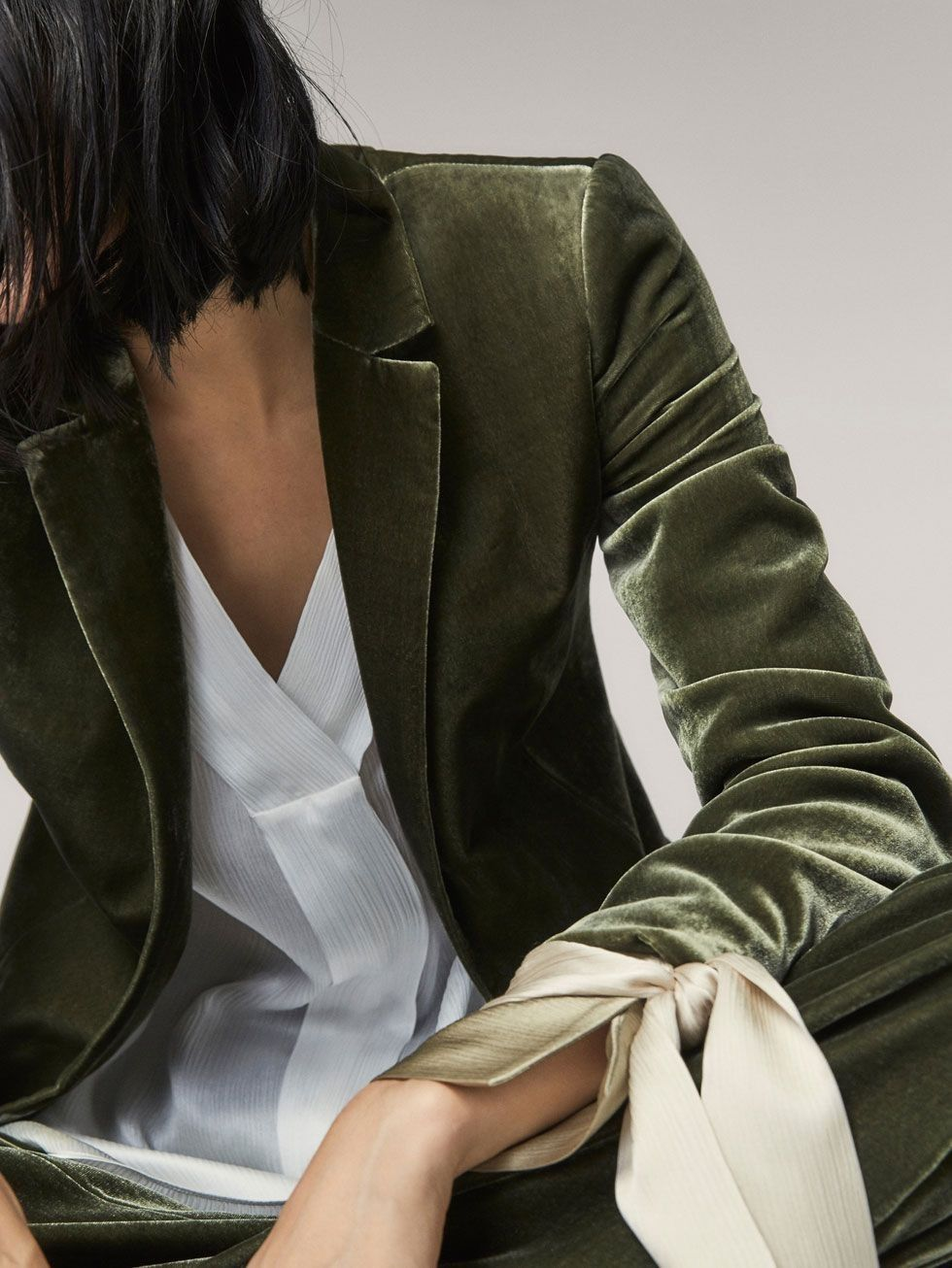 Hello, beautiful blazer! Not only is the cut and color simply stunning, the fact that it is velvet is really awesome. Perfect for a winter work outfit!