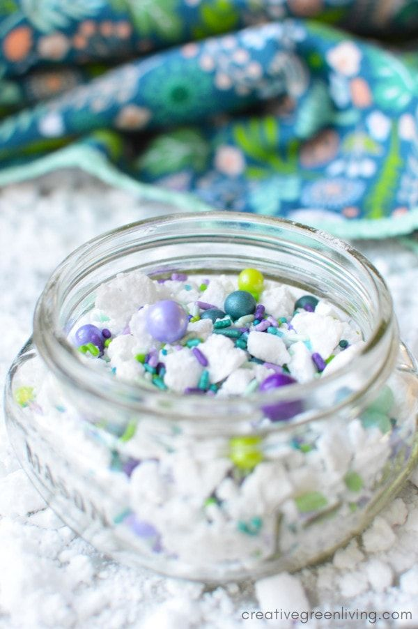 How to Make DIY Fizzy Bath Powder