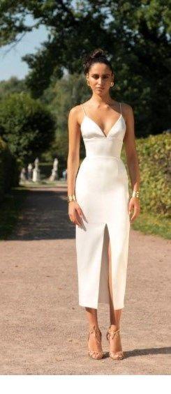 Chic V-neck white long dress