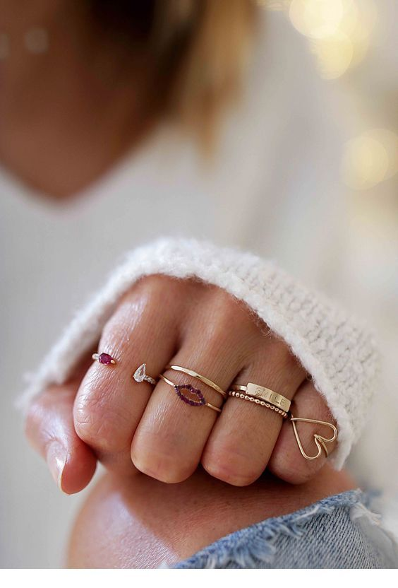 I like the heart gold ring
