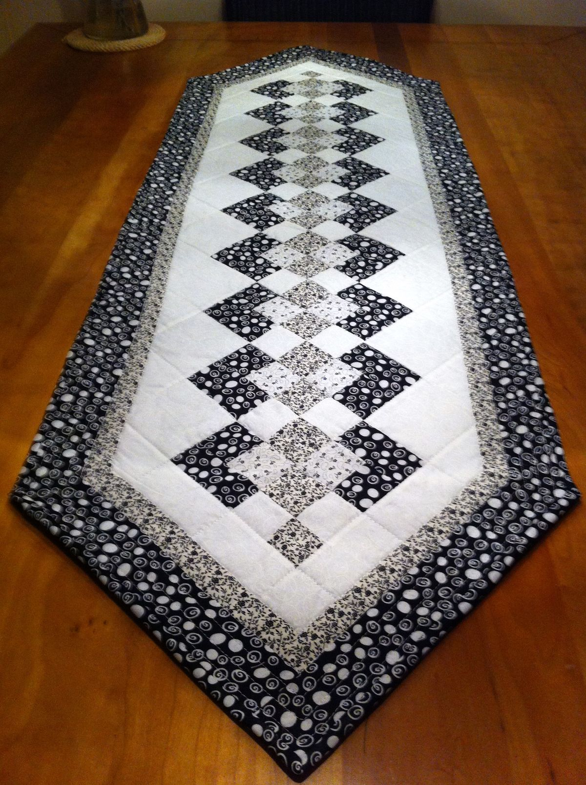 1000 Images About Table Runners On Pinterest Quilted