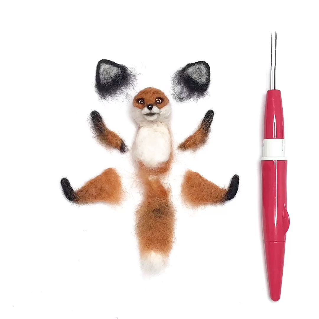 Fox needle felt brooch, Woodland animal, 7 year anniversary gift, Animal pin