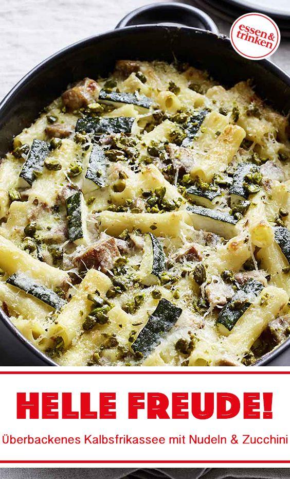 Rezept für überbackenes Kalbsfrikassee mit Nudeln und Zucchini