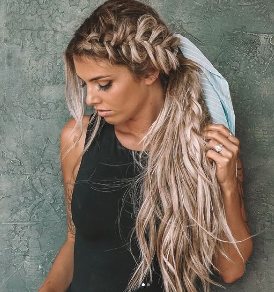 """❤️ or ? Kelsey Floyd w/ Wendy Wilker.hand.tied.extensions : @trevorxcaron @_andrewpowell<p><a href=""""http://www.homeinteriordesign.org/2018/02/short-guide-to-interior-decoration.html"""">Short guide to interior decoration</a></p>"""