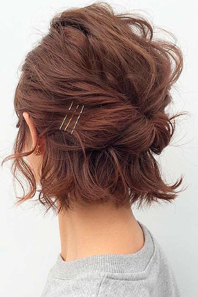 Messy Half Up For Short Hair #easyhairstyles #messyhair★ Sexy short hairstyles are the answer for those who wonder which type of haircut is the best. Forget about waking up earlier only to fix your hair! #glaminati #lifestyle  #shorthairstyles