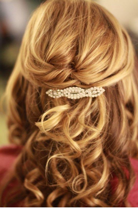 Very nice hair pin with diamonds