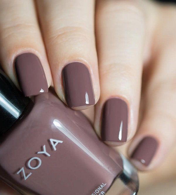 One of the most famous brands of nail polish is Zoya. These lacquers do not contain formaldehyde, formaldehyde wafer, dibutyl phthalate, camphor and toluene.