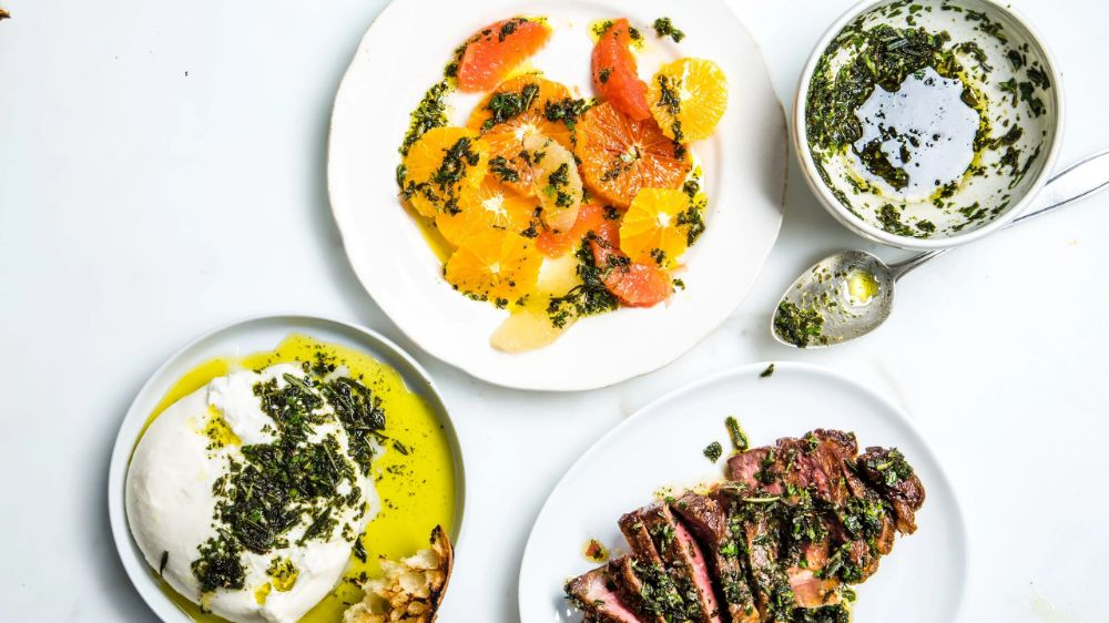 // Tips for Throwing a Weeknight Dinner Party | Bon Appétit