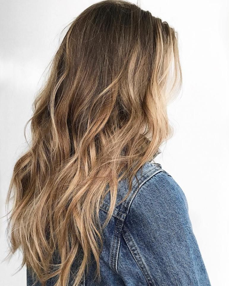 Tousled Hair With Caramel Balayage