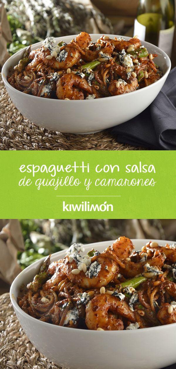 Espaguetti con Salsa de Guajillo y Camarones