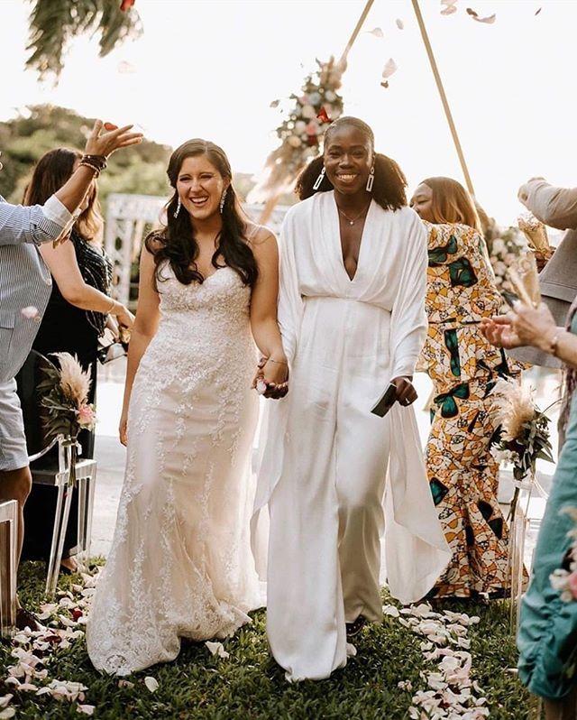 These ultra stylish brides are making us jump for joy today! Captured by Costa Rica-based photographer @rawshoots the romance in this gorg destination wedding is REAL you guys. #ruffledvendor #costaricaweddingphotographer #weddingphotographer #loveislove #lovewins #rawshootsweddings #costaricaweddings #realwedding #destinationwedding #weddingideas #weddinginspo #bridalinspiration #lgbtq #lgbtwedding #elopement #costaricawedding #weddingblog #thatsdarling #pursuewhatislovely #weddingdayready