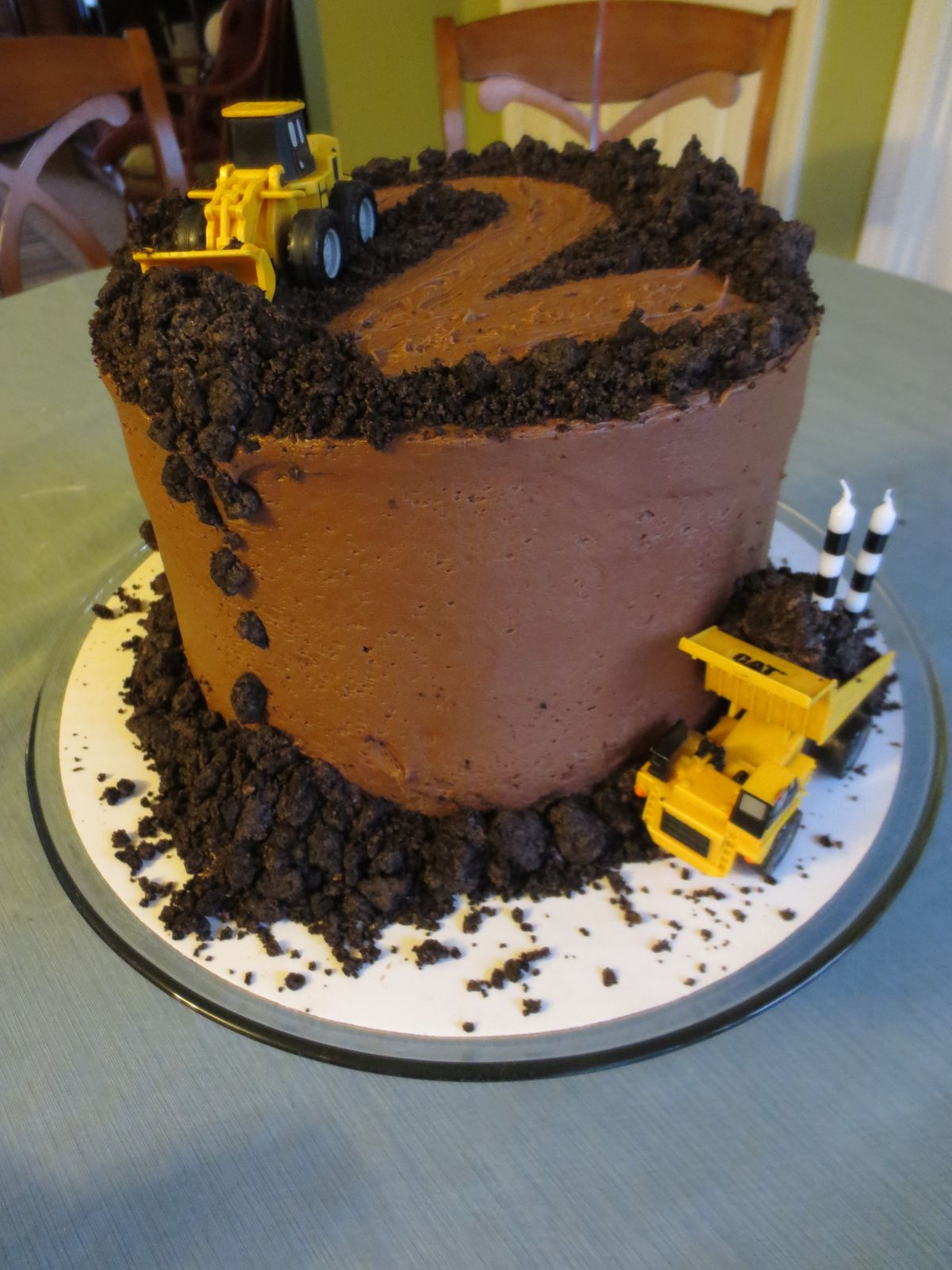 1000 Ideas About Dump Truck Cakes On Pinterest Truck Cakes Construction C