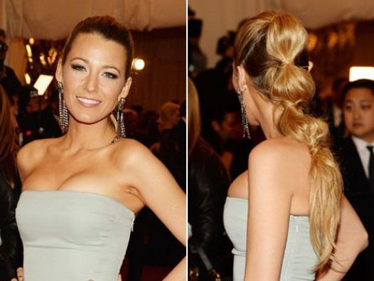 Famous Actress Blake Lively-Reynolds As Serena Van der Woodsen From CW Channel's Gossip Girls Tv Show Wearing Her Bubble Ponytail Updo Hairdo. #haircolor #merlot #hair #color