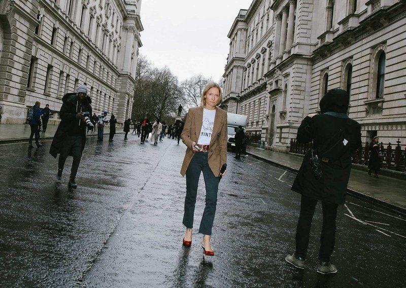Best London Fashion Week Street Style: Blazer and Denim