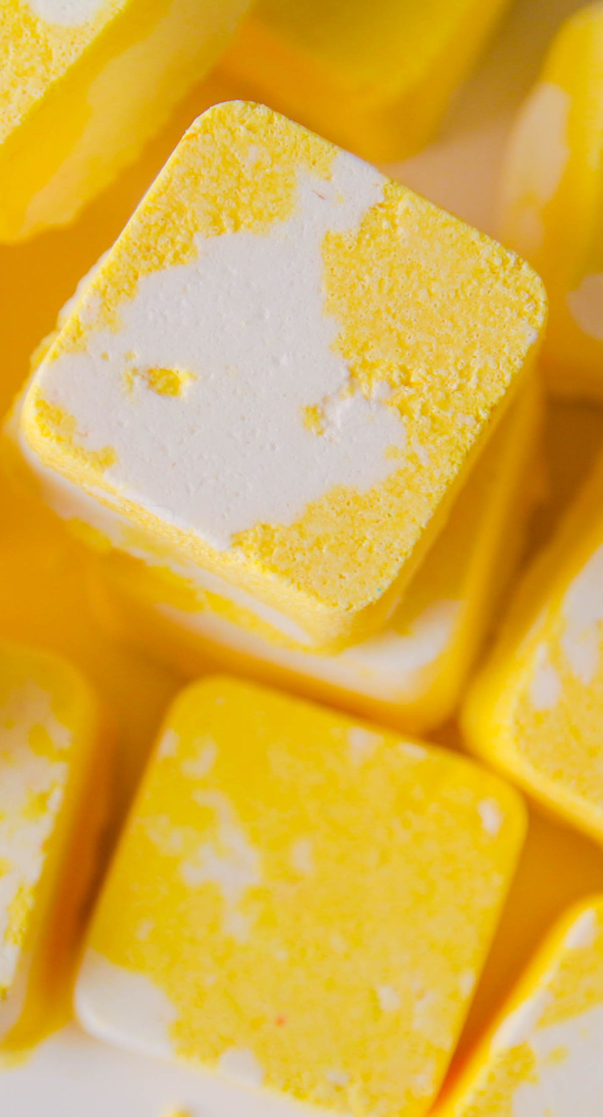 Make even the speediest shower feel indulgent with these easy-to-make lemon shower melts. Just 4 ingredients needed! savy naturalista