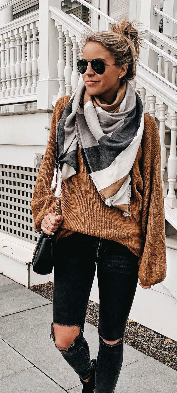 brown sweater.