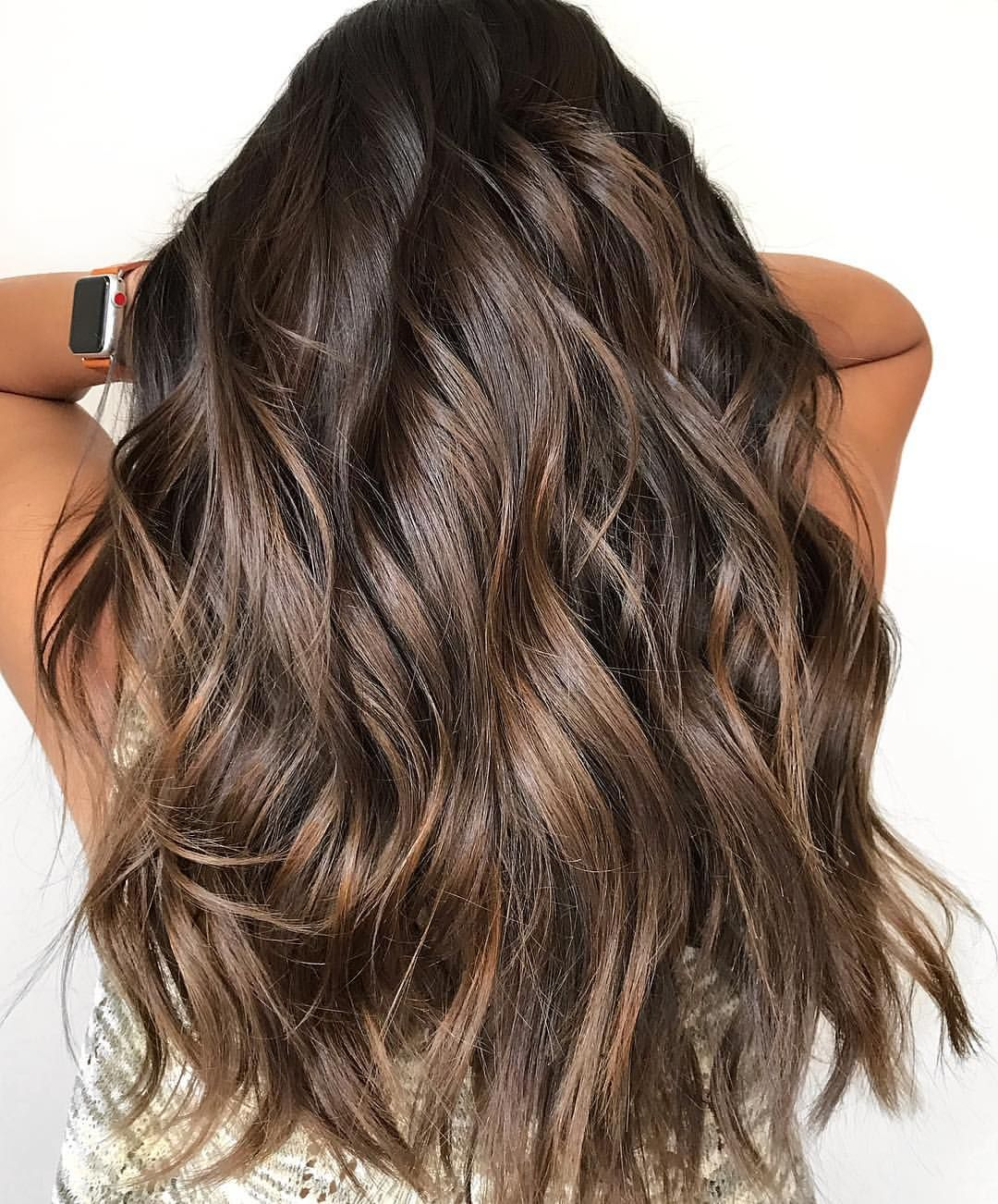 "• R A Q U E L N I C O L E • on Instagram: ""First day of FALL 🍂 Haircut by @hairbyalan • • • #brunettebalayage #balayage #behindthechair #modernsalon #americansalon #bestofbalayage…"""
