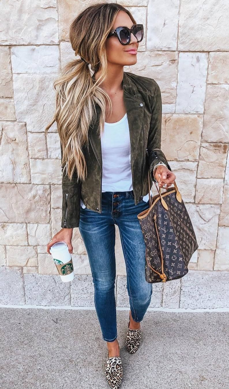 what+to+wear+with+a+pair+of+leopard+flats+:+jacket+++bag+++white+tank+top+++skinnies