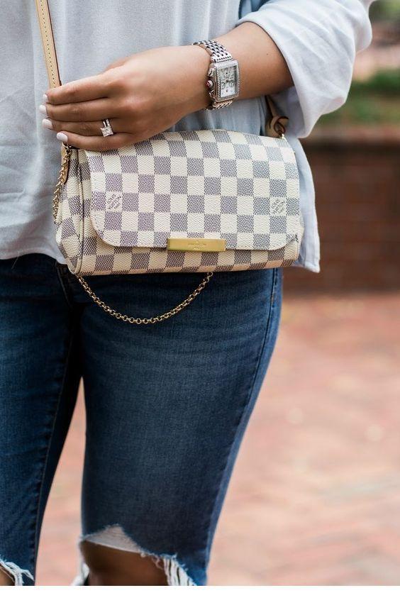 I like this plaid purse