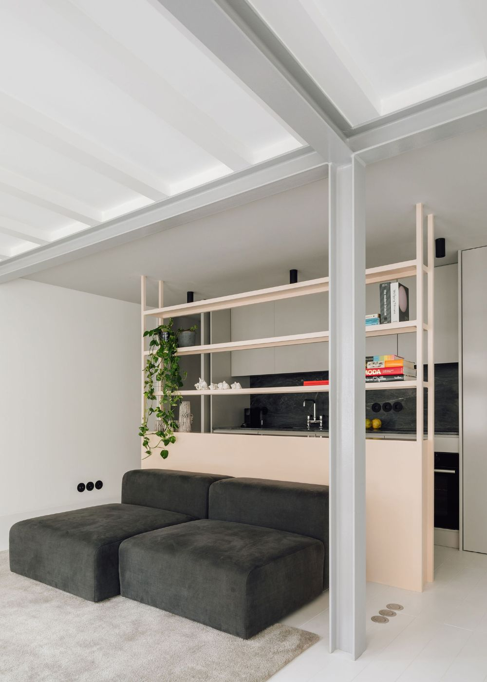 RGM 46 Apartment in Lisbon, Portugal by DC.AD Studio | Yellowtrace