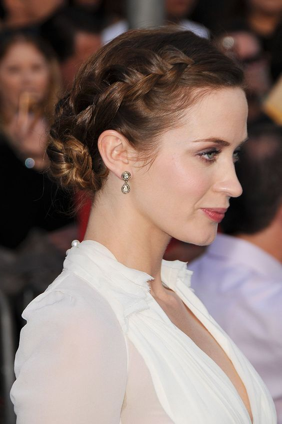"""cool 20 Emily Blunt Hairstyles Straight From The Red Carpet<p><a href=""""http://www.homeinteriordesign.org/2018/02/short-guide-to-interior-decoration.html"""">Short guide to interior decoration</a></p>"""