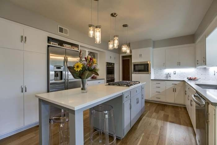 Best Painted White Cabinets In Benjamin Moore Advance Satin 640 x 480