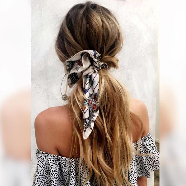 Sneak Peak Of Today's Hair Goals For @runwayscout  Scarf from @lexiconofstyle ➕ Hair Texture From @urban_tribe_au ➕ Curling wand from @h2dhaircare #brisbanehairdresser #strobing #brisbanemakeupartist #makeupartistbrisbane #WomensHairstylesLongDark