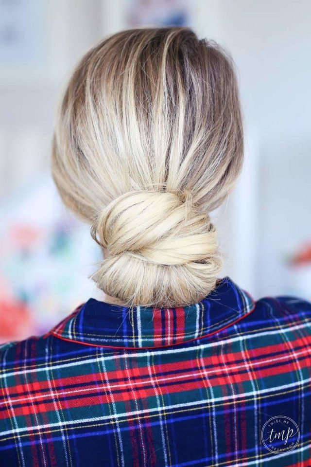 28 Hairstyles That'll Look Gorgeous With Your Easter Hat: Chic Chignon