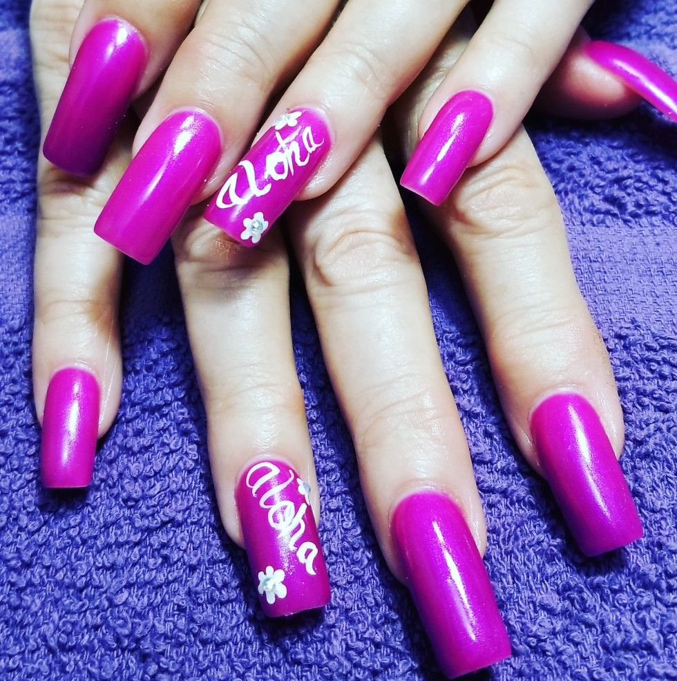 Hawaiian Nail Art Www Vagaro Com Seibellanailsandwaxsalon Studio48 Nailart Nails Aloha Hawaiian Nails Nails Hawaiian Nail Art