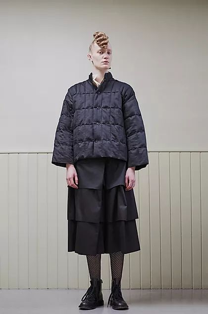 PROPORTION TALKS   Inspiring VM Trends From LFW AW20 - Phoebe English zero-waste fashion featuring minimal fastenings and trims