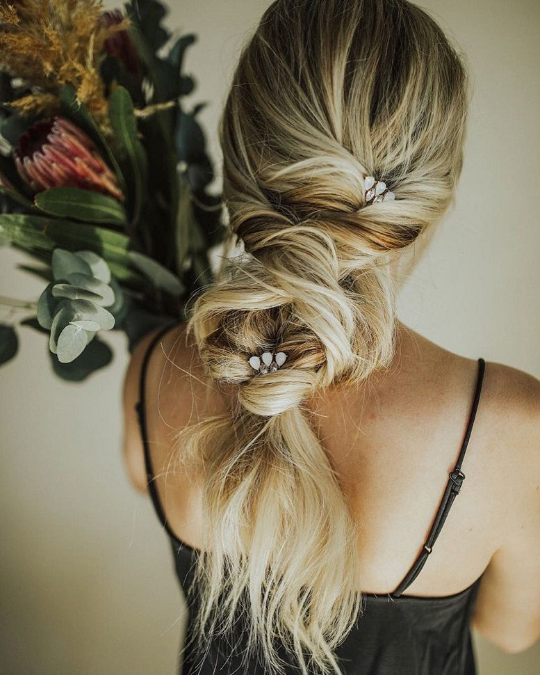 Effortless Chic | Boho bridal hairstyles for carefree bride , Beautiful boho hairstyles,boho hair, boho wedding hair with veil ,bridal braid hairstyles ,boho braided updo hair,Boho Wedding Hair,wedding hairstyle #weddinghairstyles #hairstyles #romantichairstyles