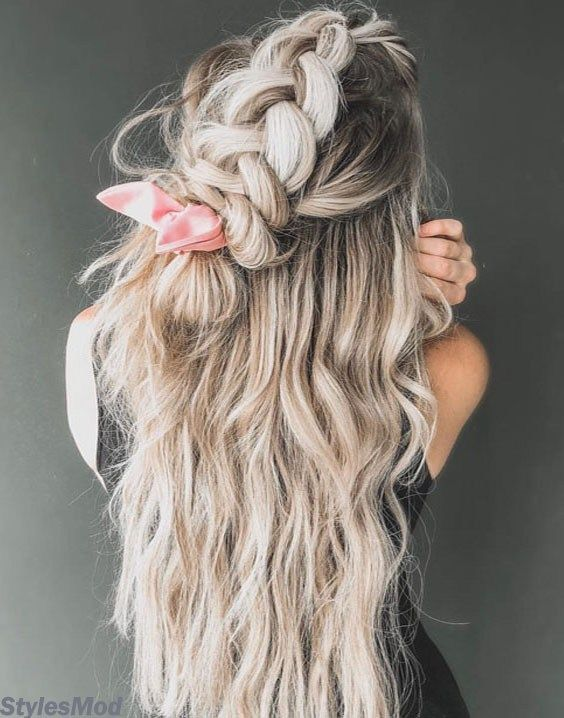 Boho Vibes Braids Hairstyle For Any Next Upcoming Event. If you know how you looking really cute and Amazing when you see wear this Beautiful Hairstyle Ideas then you try must in these days. This Hairstyle will give you a chic look which are required for your hairstyles. So Must try it and get the full stylish look.
