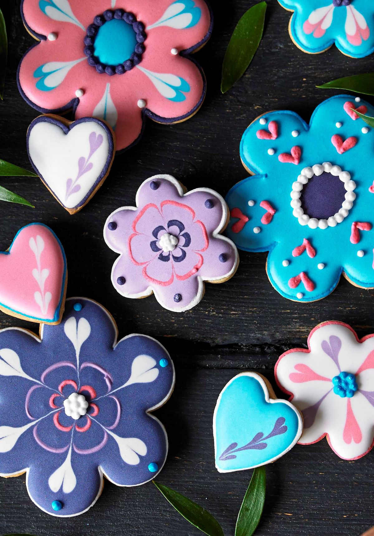 Mother's day flowers biscuit tin