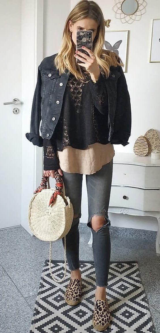 black denim button-up jacket #spring #outfits
