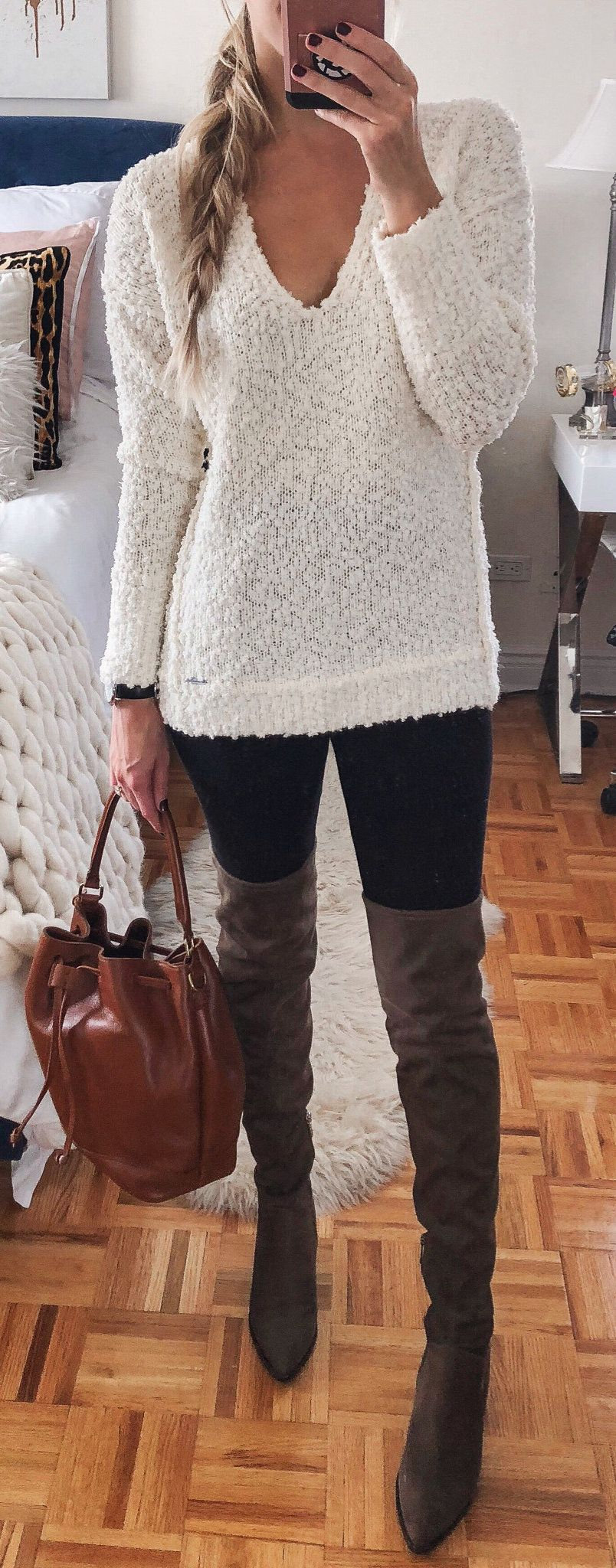 white scoop-neck knitted top