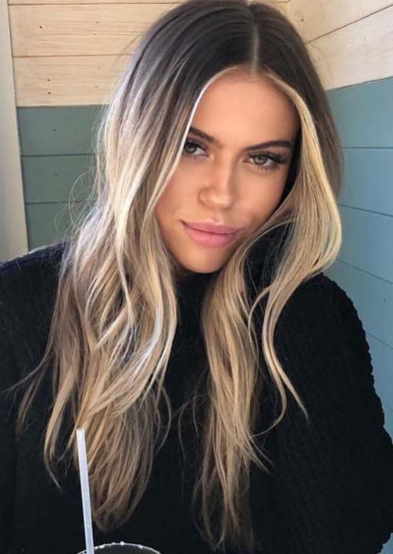 You can see here our amazing ideas of blonde balayage ombre hair color shades for long hair to show off right now. Use to wear our best balayage highlights for more elegant personality.