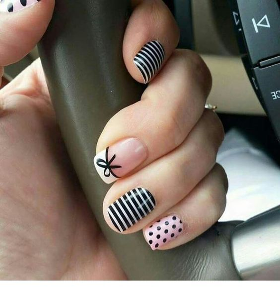 Cute prints for a manicure