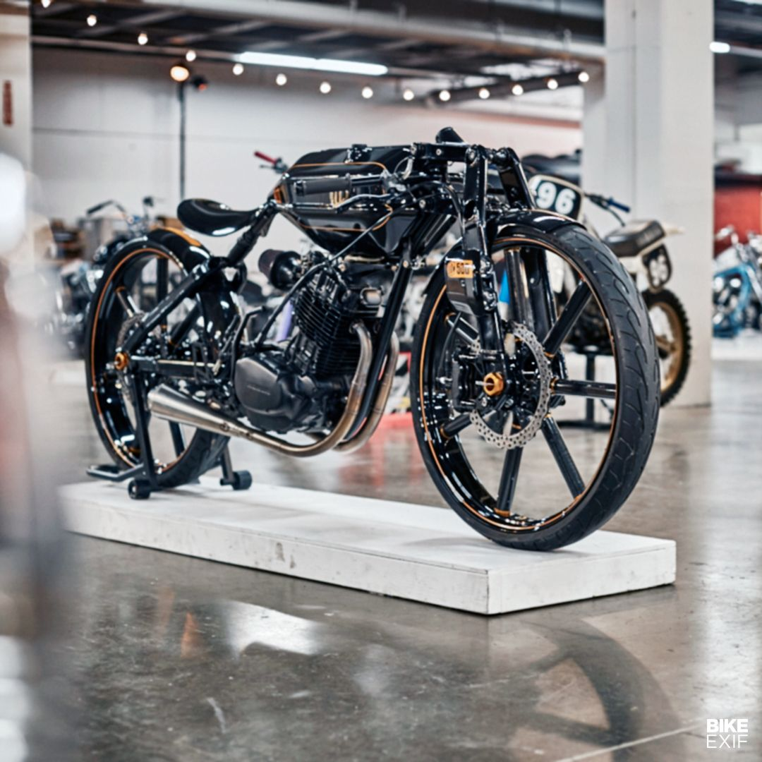 This futuristic XL500-powered board tracker took a decade to complete, and comes from the British-born car designer Niki Smart of A Bike Company. Designed in Autodesk, the frame tubing is 4130 chromoly, the bodywork is carbon fiber, and the forks are Hossack-style units.