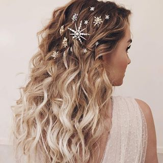 "Hair come the <a class=""pintag"" href=""/explore/bride/"" title=""#bride explore Pinterest"">#bride</a> goals … Lauren Dailey-Conrad rocking these little stars in her hair, we love it. Glam fam: @amynadinemakeup @taraswennen STARS & SNOWFLAKES COMBO: Kristin Ess Jennifer Behr LELET NY<p><a href=""http://www.homeinteriordesign.org/2018/02/short-guide-to-interior-decoration.html"">Short guide to interior decoration</a></p>"
