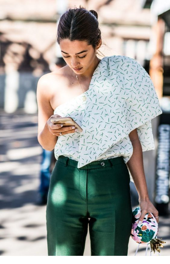 Cool printed top and green pants