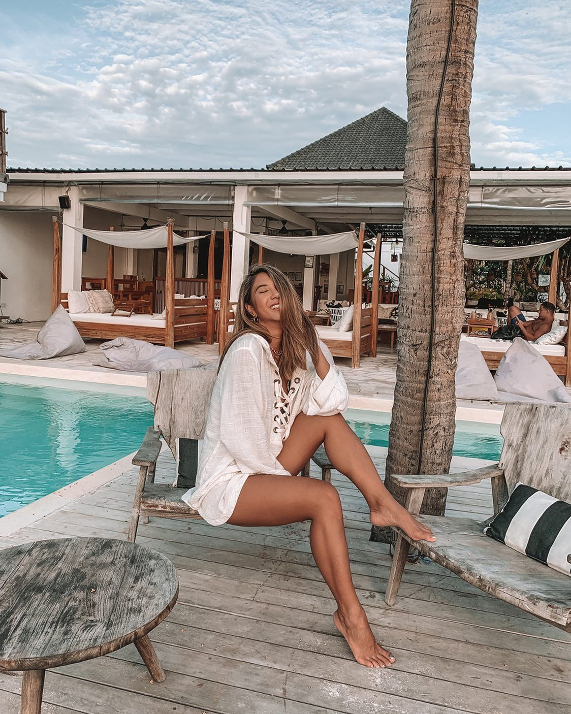 Poolside, please | @jessie_khoo in the Love Letters Tunic | L*Space