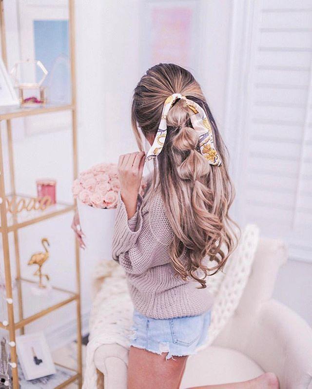 Weekend bubble braids ✨ @mangorabbitrabbit . . #manentailbeauty #discoverthesecret #blonde #streetstyle #ootd #nyc #styleinspo#hairinspo #jeans #denim #leatherjacket#hairenvy #braids #bayalage#healthyhair #longhair#longhairdontcare #blowout#straighthair #curlyhair