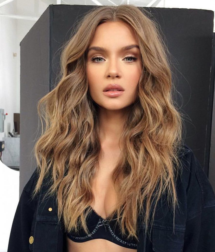 "@bitchproblemzz on Instagram: ""she is a joke 😱🌟 #makeup #model #hair #eyes #lips #glam #luxury #stylish #victoriassecret #josephineskriver"""