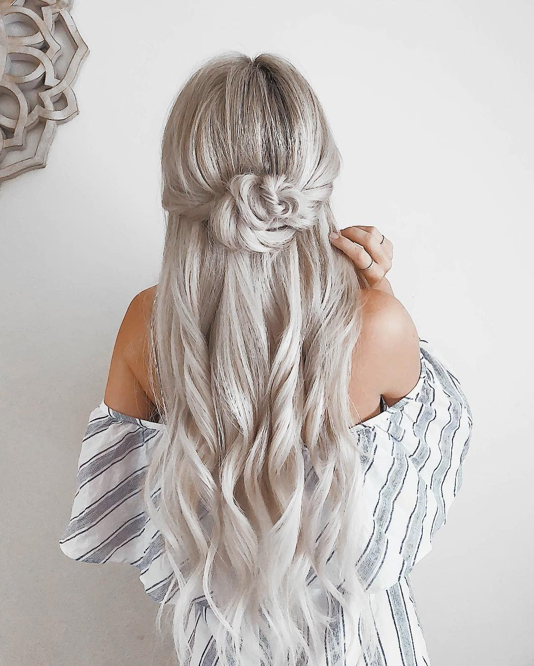 Like what you see? Follow me for more: @uhairofficial #WeddingHairFlowers