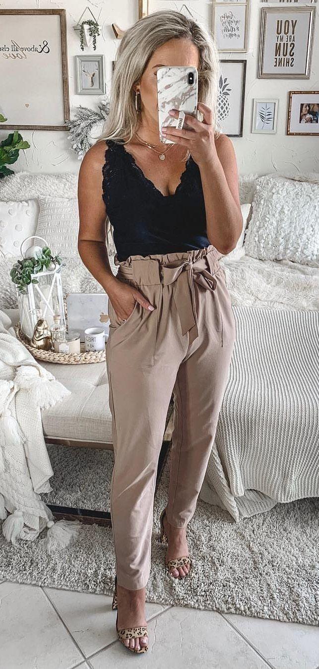 black sleeveless shirt #spring #outfits